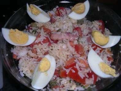 salade de riz aux lardons recette ptitchef. Black Bedroom Furniture Sets. Home Design Ideas