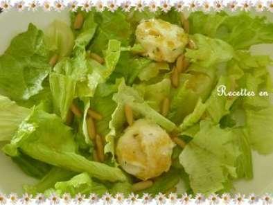 Salade verte pignons et ses fromages de ch vre r tis au miel et a la sauge recette ptitchef - Salade verte calorie ...