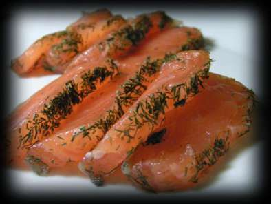 sashimi de saumon gravlax la mode sushi recette ptitchef. Black Bedroom Furniture Sets. Home Design Ideas