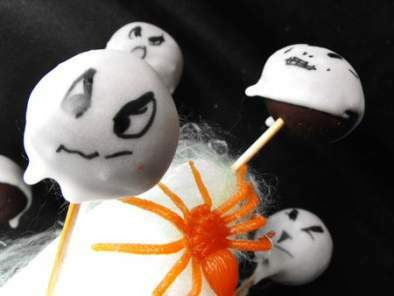 Scary cake pops pour Halloween