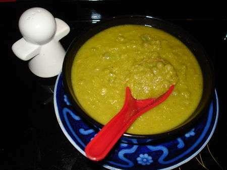 Soupe de petits pois la menthe recette ptitchef - Soupe petit pois menthe ...