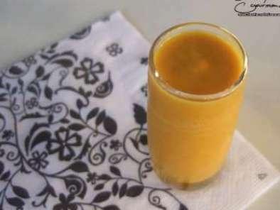 Soupe de potiron et de carotte au lait de coco recette ptitchef - Soupe potiron lait de coco curry ...