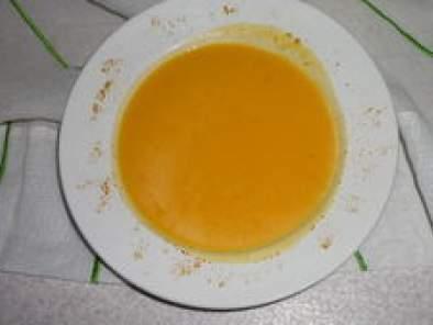 Soupe de potiron et ses saveurs coco curry recette ptitchef - Soupe potiron lait de coco curry ...