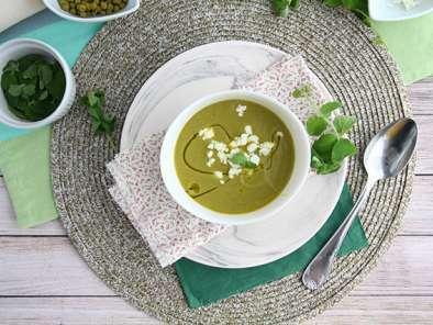 soupe froide de petits pois rapide recette ptitchef. Black Bedroom Furniture Sets. Home Design Ideas