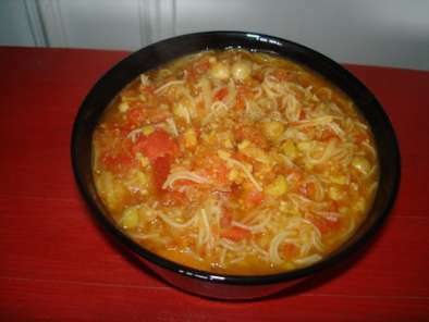 Soupe orientale pois chiches tomates