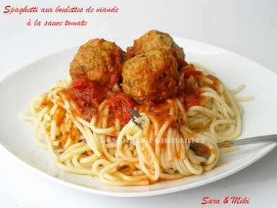spaghetti aux boulettes de viande la sauce tomate. Black Bedroom Furniture Sets. Home Design Ideas