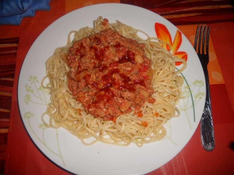 spaghetti sauce au thon et champignons recette ptitchef. Black Bedroom Furniture Sets. Home Design Ideas