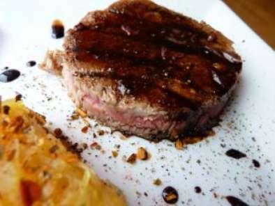 Steak De Thon Au Porto Recette Ptitchef