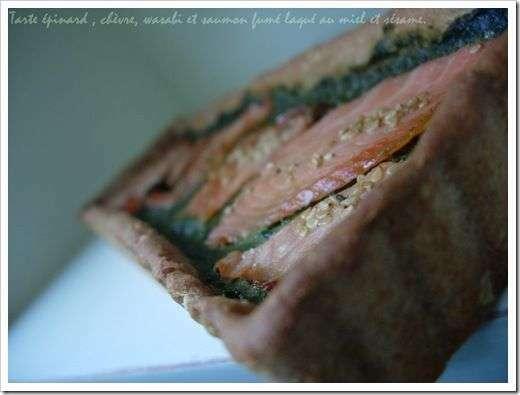 tarte aux pinards frais ch vre wasabi saumon laqu au miel et graines de s same recette. Black Bedroom Furniture Sets. Home Design Ideas