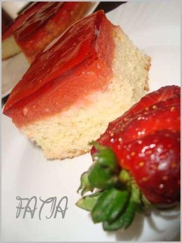 Tarte aux fraises et sa gel e miroir recette ptitchef for Miroir aux fraises