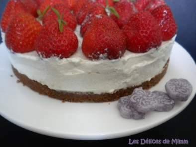 Tarte aux fraises, violettes et mascarpone (sans cuisson ...