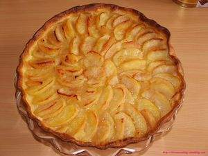 tarte aux pommes normande recette ptitchef. Black Bedroom Furniture Sets. Home Design Ideas