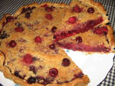 tarte crumble aux fruits rouges recette ptitchef. Black Bedroom Furniture Sets. Home Design Ideas