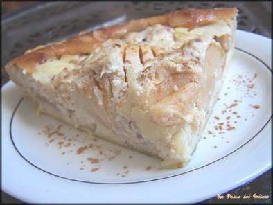 tarte normande aux pommes la cr me d 39 amandes recette ptitchef. Black Bedroom Furniture Sets. Home Design Ideas