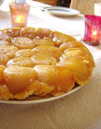 tarte tatin aux pommes beurre demi sel glace vanille maison recette ptitchef. Black Bedroom Furniture Sets. Home Design Ideas