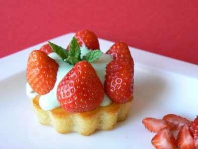 tartelettes aux fraises de christophe michalak recette ptitchef. Black Bedroom Furniture Sets. Home Design Ideas