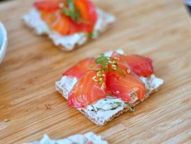 Toast saumon gravlax wakame s same recette ptitchef - Saumon gravlax rapide ...