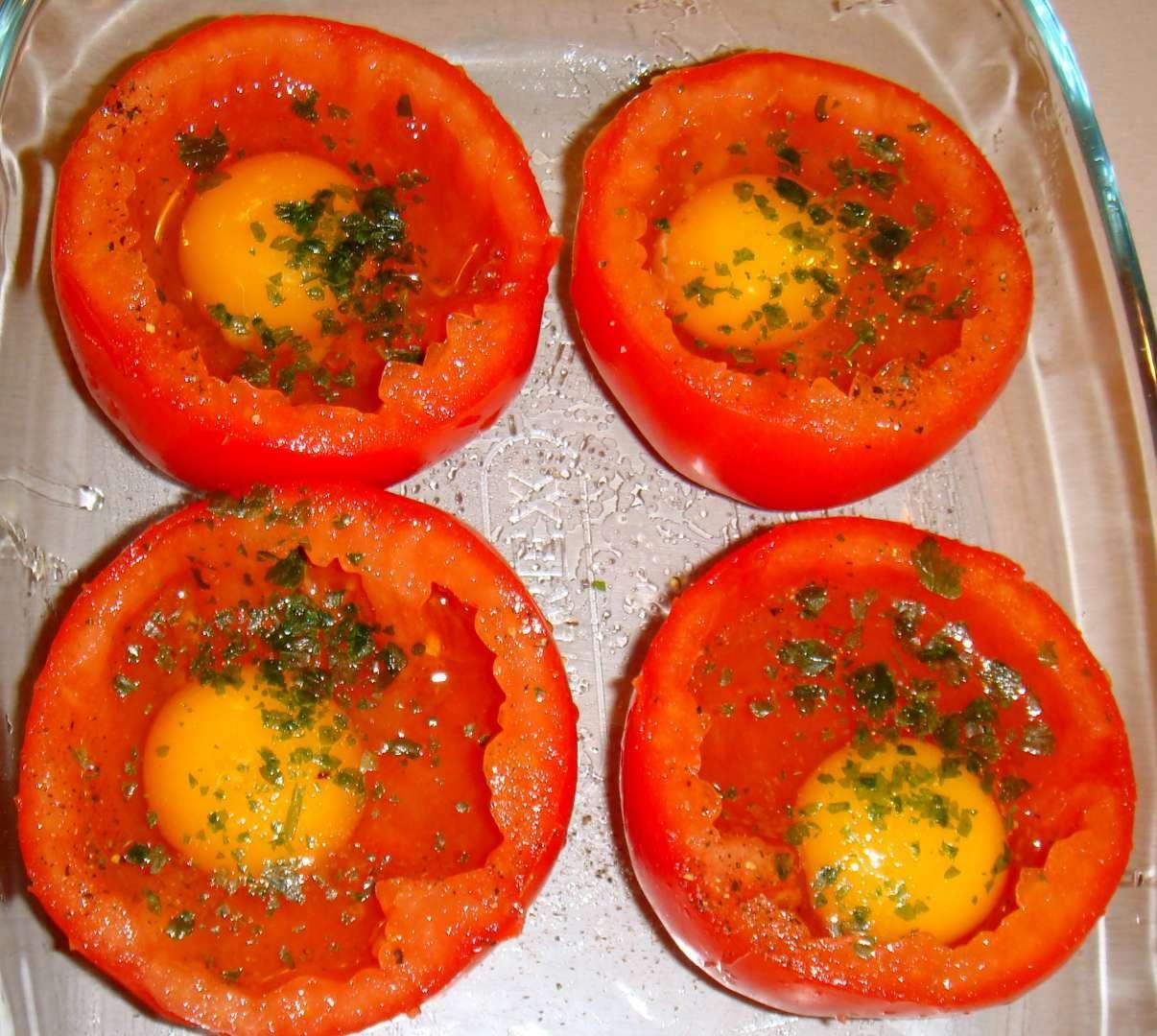 tomates farcies pour les enfants recette ptitchef. Black Bedroom Furniture Sets. Home Design Ideas