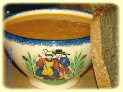 Velout de courge butternut ou comment j 39 ai d couvert la soupe au thermomix recette ptitchef - Soupe butternut thermomix ...