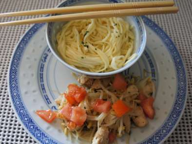 WOK POULET GERMES DE SOJA AU GINGEMBRE, Photo 2
