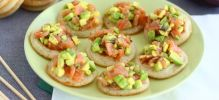 Toasts saumon avocat